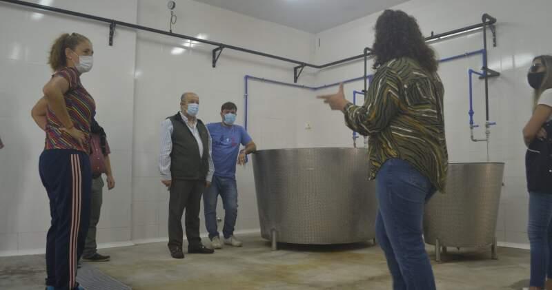La institución de educación rural de Mar Chiquita inaugurará la sala de elaboración de industrias lácteas y otros espacios informativos.