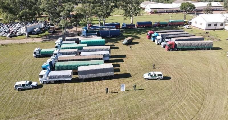 Los granos eran transportados de manera irregular mediante camiones, acoplados y por un tractor con semirremolque sin las certificaciones obligatorias correspondientes.