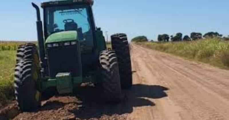 Parte de la tierra acopiada fue llevada por vehículos oficiales