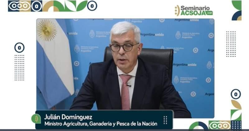 """Domínguez: """"El objetivo es producir 70 millones de toneladas de soja"""""""